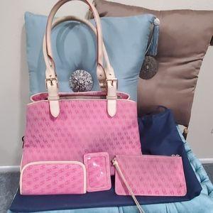 Pretty pink 4 piece handbag set